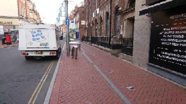 Yates side of friar street doorways wash out-163 Friar Street, Reading, RG1 1HE
