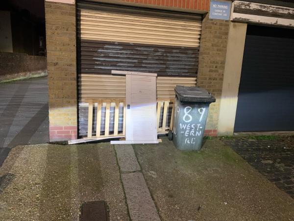 As seen in pictures -84a Walton Road, Plaistow, E13 9BP