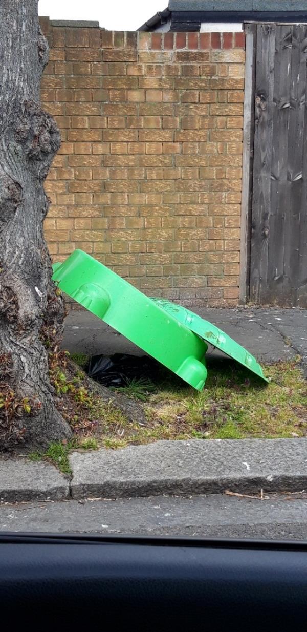 kids sandbox -1 Fermoy Road, Greenford, UB6 9HX