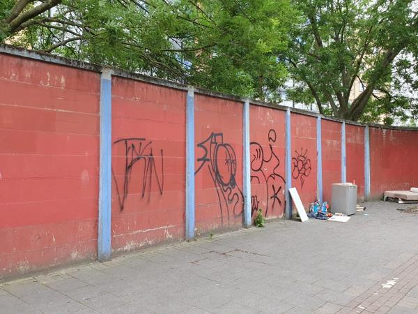 Graffiti on wall-Orchard House, 1 Albion Way, East Ham, E6 1DR