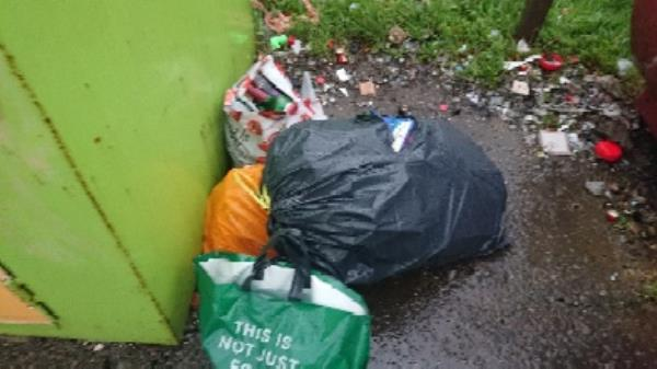 House old waste removed fly tipping on going at this site -31 Hazel Crescent, Reading, RG2 7ND