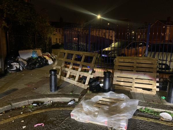 Reported previously but still there  image 1-15a Greenleaf Road, East Ham, E6 1DT
