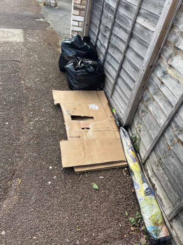 Rubbish image 1-179 Kensington Avenue, Manor Park, E12 6NL
