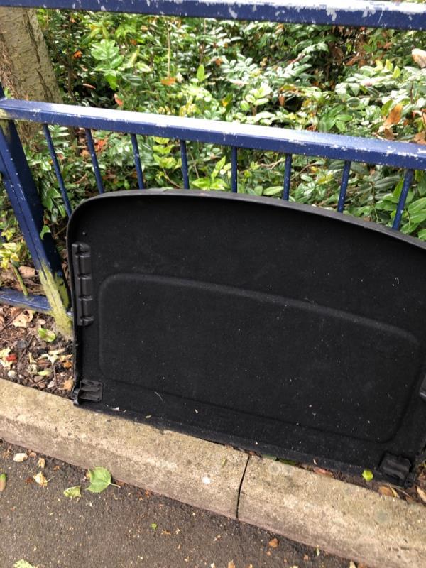 Rubbish -9 Bow St, Bilston WV14 7NB, UK