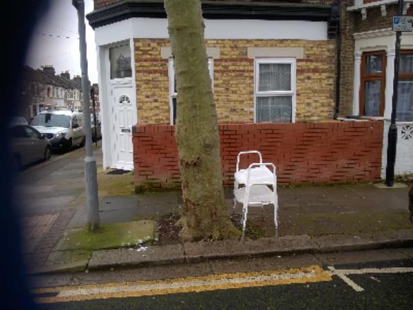 comode-12 Walton Road, London, E13 9BW