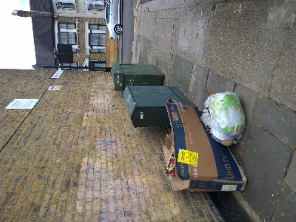 tv box-52 Glenparke Rd, Forest Gate, London E7 8BW, UK