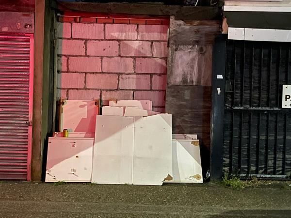 As seen in pictures -96 Saint Bernard's Road, East Ham, E6 1PE