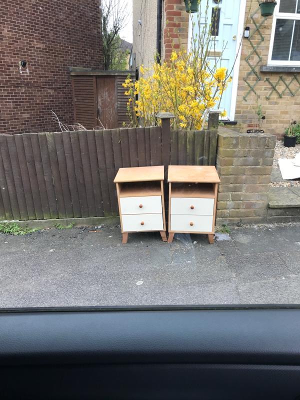 East mobile job outside no.8 Nightingale Grove -12 Nightingale Grove, London, SE13 6DY
