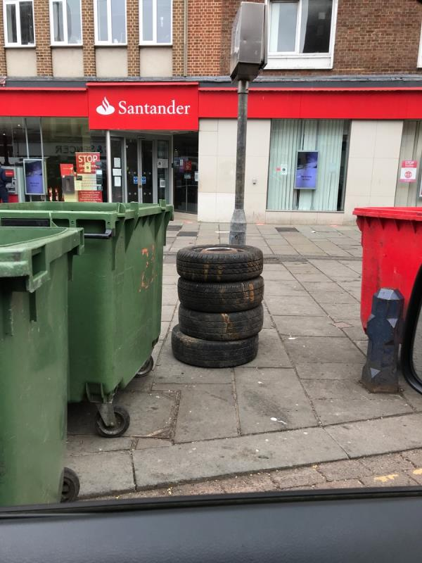 Mobile 9 job Lewisham Market opposite Santander Bank-129 Lewisham High Street, London, SE13 6JG