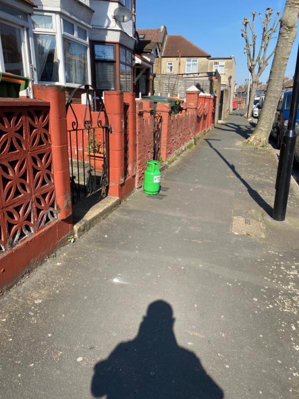 Has bottle -286 Dersingham Avenue, London, E12 6JY