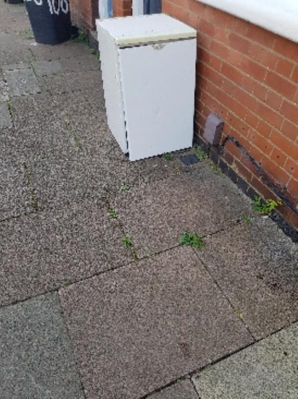 110 warwick st. illegal flytip-108 Warwick Street, Leicester, LE3 5SF