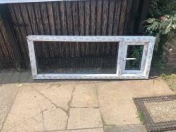 Junction of Dowanhill Road. Please clear window frame-71b Broadfield Road, London, SE6 1NQ