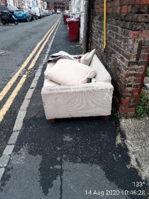 Please collext from William Street -45b William Street, Reading, RG1 7DE