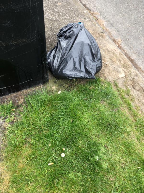 Rubbish -76 Humphries Crescent, Bilston, WV14 8BB