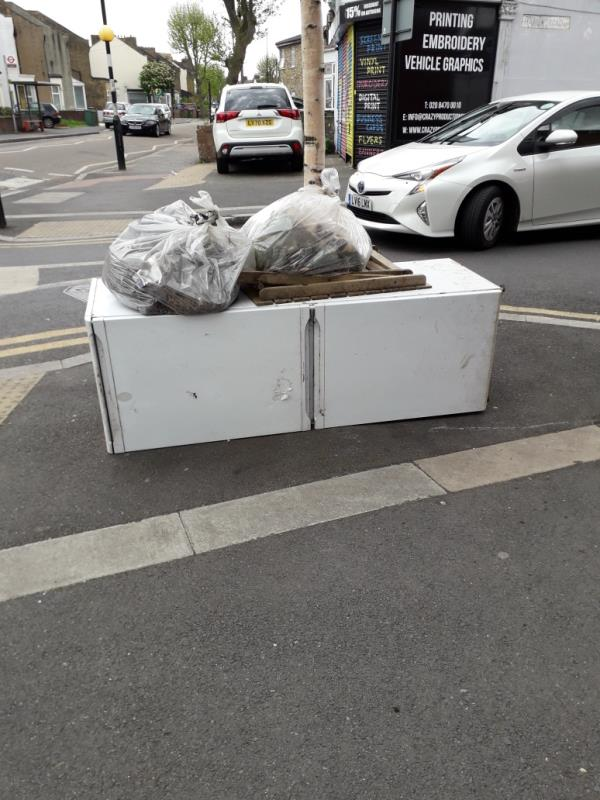 fridge-Virgin Media Cabinet Walt-Ah0307 Side Of 467 Katherine Road, Green Street East, E7 8NP