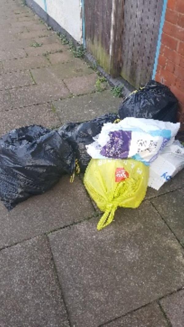 tewkesbury st. filth dumped-44 Tewkesbury St, Leicester LE3 5HP, UK