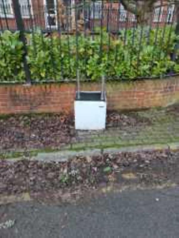 Please clear a fridge-12 Culverley Rd, Catford, London SE6 2TS, UK