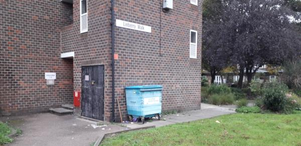 linberry walk  cleared -6 Linberry Walk, London, SE8 3QE