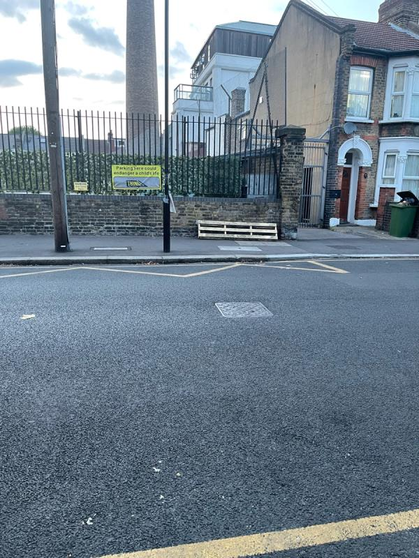 Pallet opposite 19 Shaftesbury road -23 Shaftesbury Road, Green Street East, E7 8PF