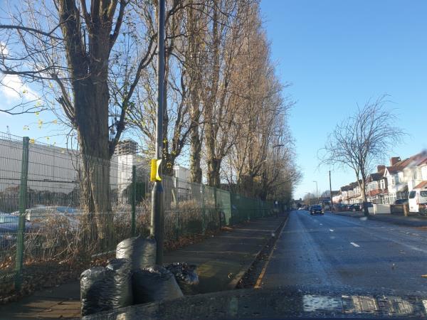 black bags-83 Park Ave, Southall UB1 3AJ, UK