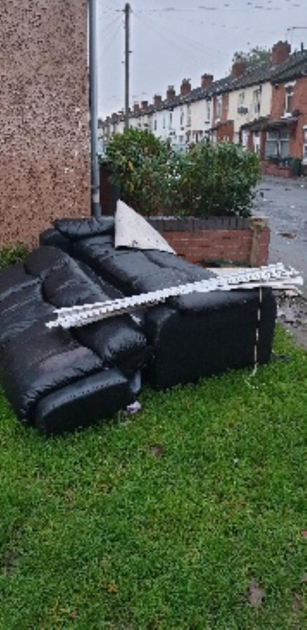 furniture dumped-81 Austin Street, Wolverhampton, WV6 0NW