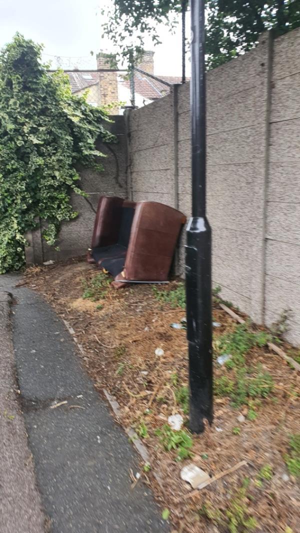 sofa-2 Dunmow Road, London, E15 1TZ