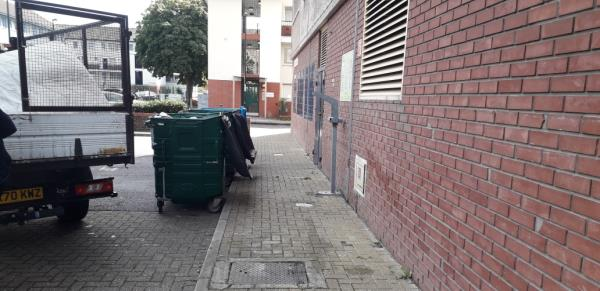 marine tower  weekly fire check  mattress,  sweeping bags  image 1-Marine Tower ABINGER, London, SE8 5UY
