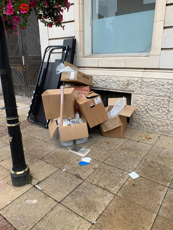 Fly tipping on Every street -11 Every Street, Leicester, LE1 6AG