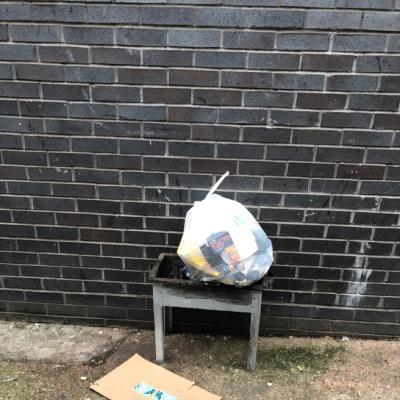 Dumped bbq-296 Kingsland Road, London, E8 4DG