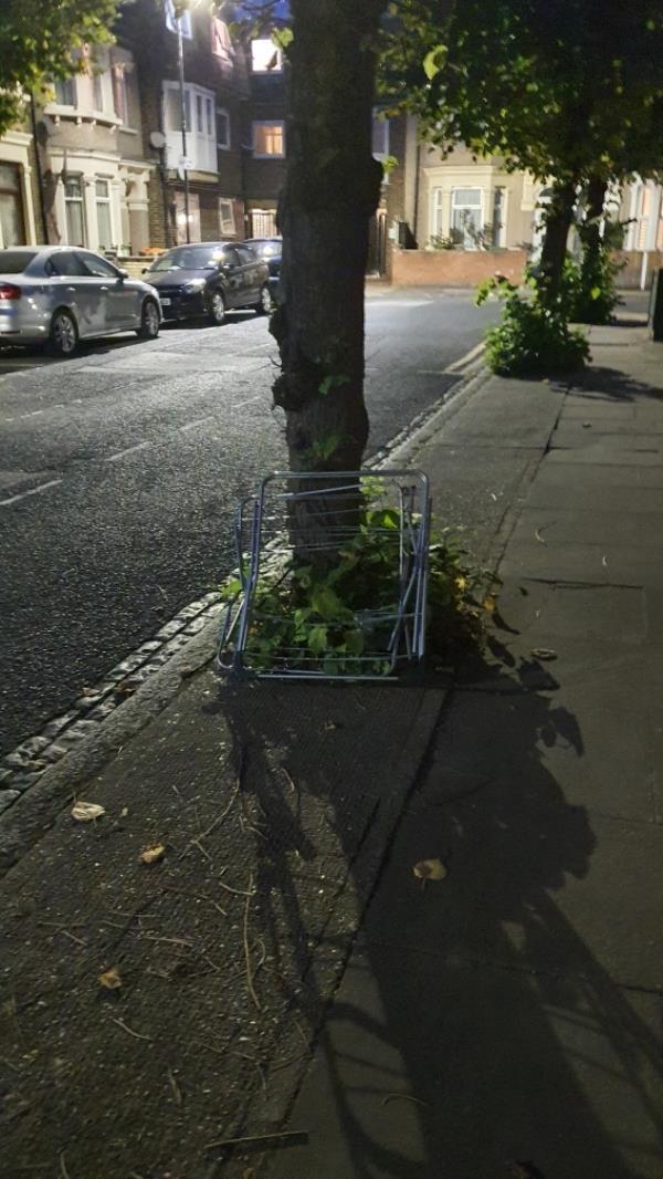 metal rack-55 Vaughan Road, London, E15 4JY
