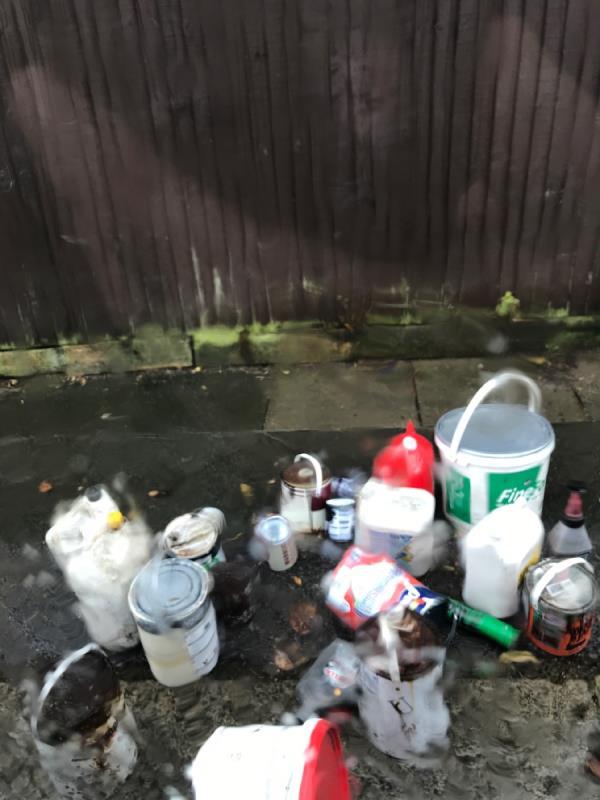 Marler rd jn hurstbourne rd paint pots -53 Hurstbourne Road, London, SE23 2AA