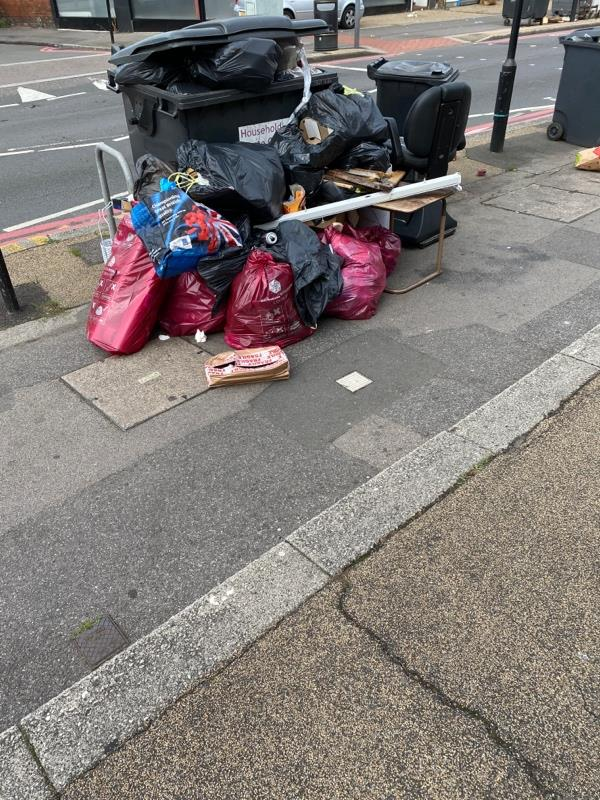 Lots of stuff dumped-318A Oxford Rd, Reading RG30 1AD, UK