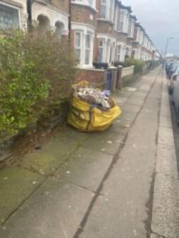Please clear a grab bag -174 Engleheart Road, London, SE6 2ET