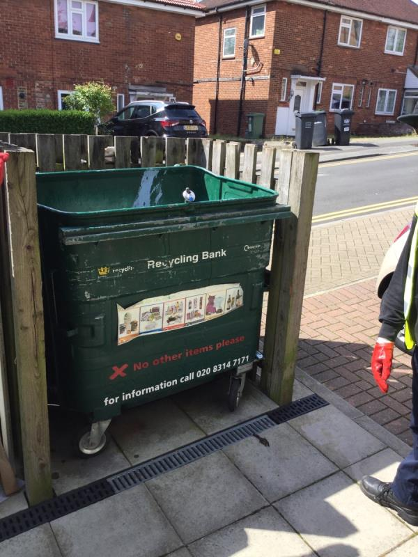 Done  image 1-127 Wydeville Manor Road, London, SE12 0EW