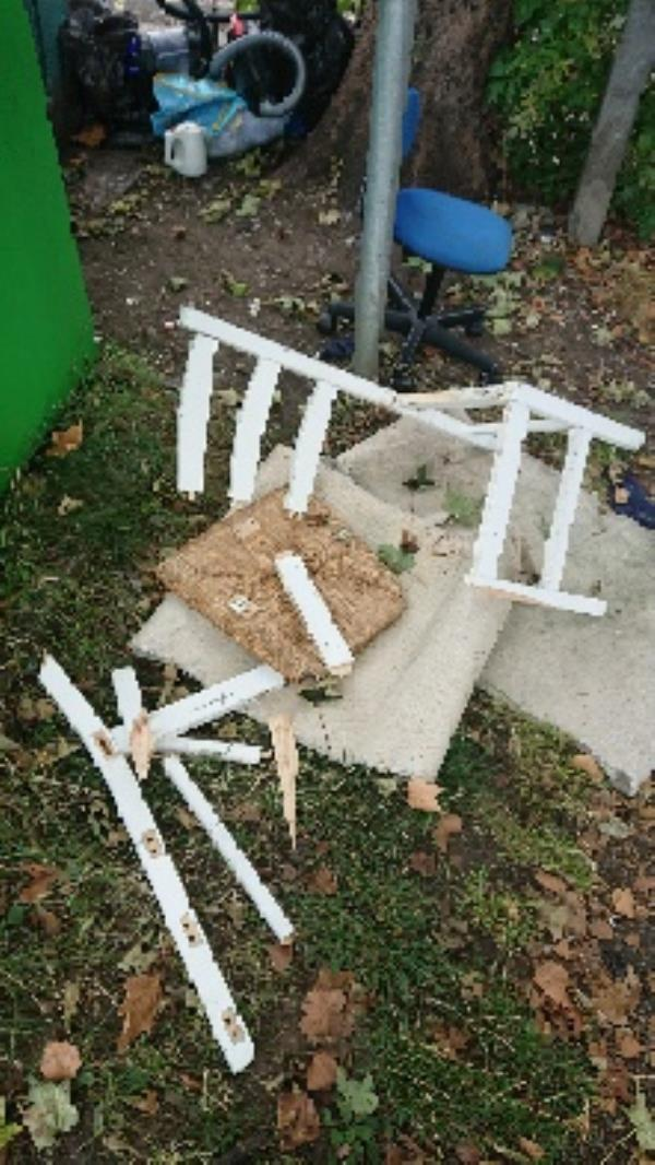 House old waste removed fly tipping on going at this site large amount removed image 2-94 Cranbury Rd, Reading RG30 2TA, UK