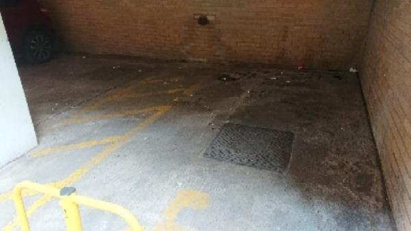 Garrard street parking space -30 Garrard St, Reading RG1, UK