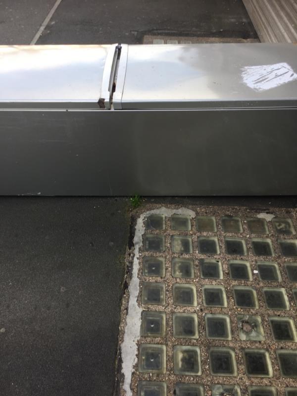 Rubbish dumped -79 Katherine Road, East Ham, E6 1EW