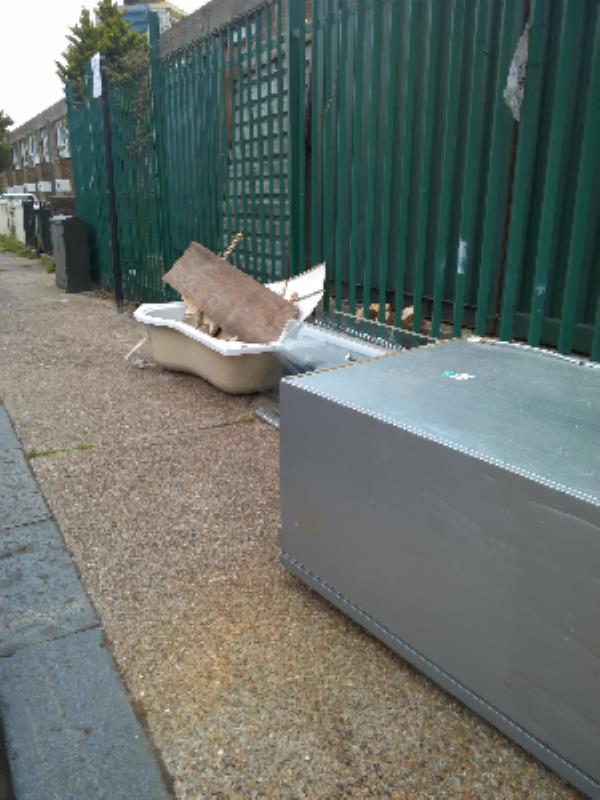 frudge, bath-20 Mortham Street, London, E15 3LS