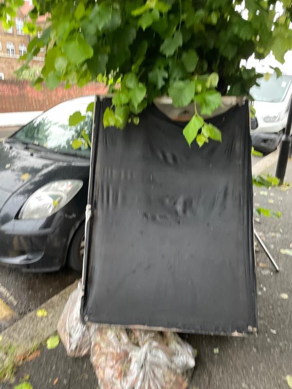 Rubbish -14 Hartley Avenue, East Ham, E6 1NT