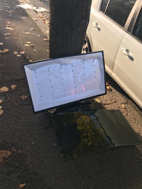 Tv dumped -100 Meanley Road, London, E12 6AS
