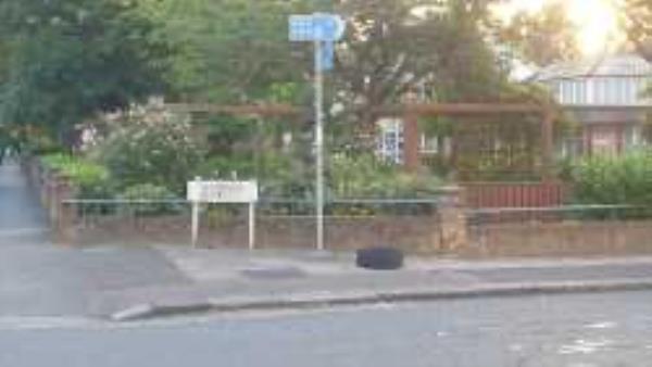 Junction of Algernon Road. Please clear w ryre-155 Marsala Road, Lewisham, SE13 7AE