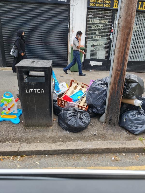Rubbish -138 Katherine Road, East Ham, E6 1ER