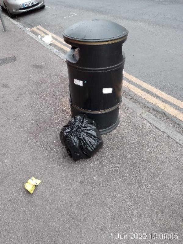 Next to litter bin on Russell Street -5 Russell Street, Reading, RG1 7XD