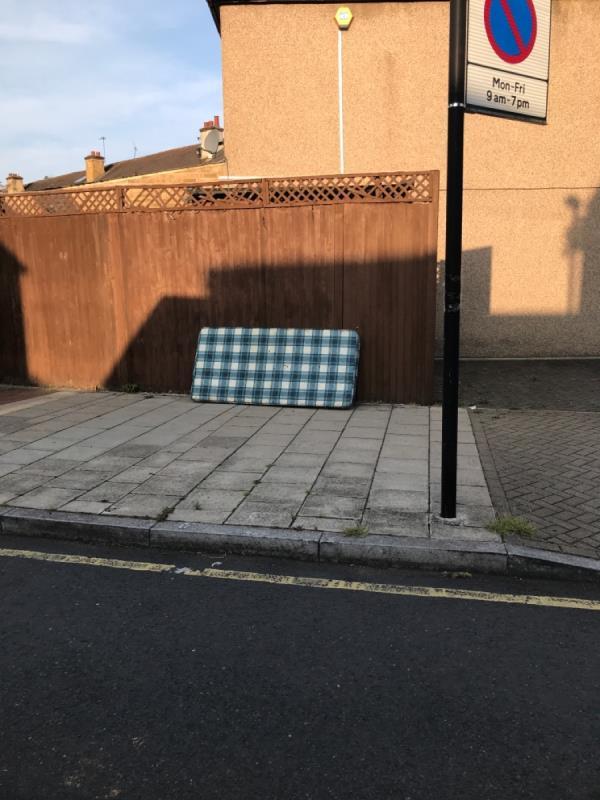 Slagrove place -90 Ladywell Road, Lewisham, SE13 7HS