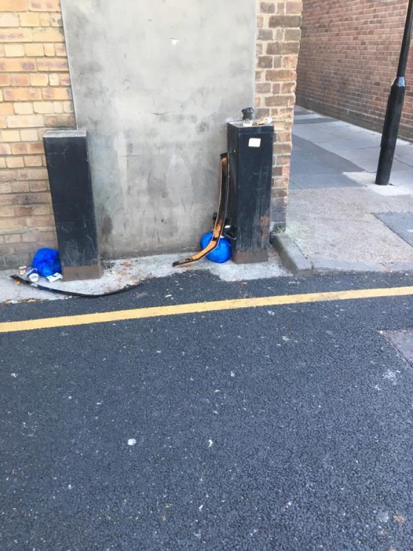 Dumping image 1-287 Green St, Upton Park, London E13 9AR, UK