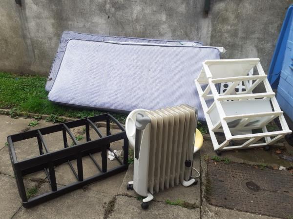 talk mattress light bulb socket plastic-Columba House, 23 Shardeloes Road, London, SE14 6PG