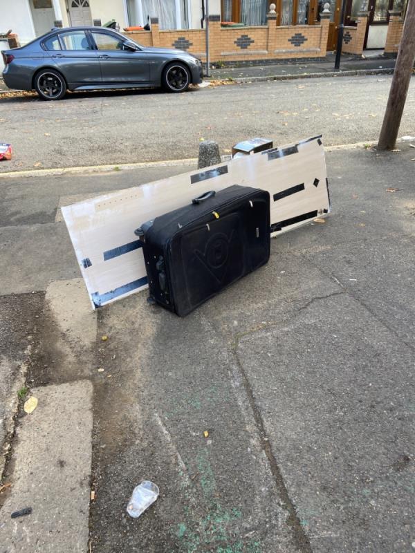 Luggage-2 Oakdale Rd, London E7 8JU, UK