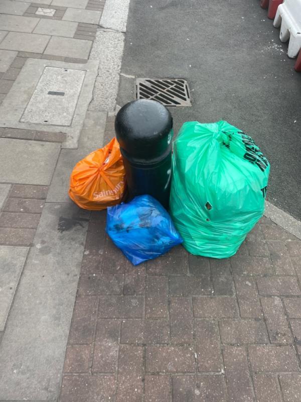 Rubbish -348A High St N, Manor Park, London E12 6PH, UK