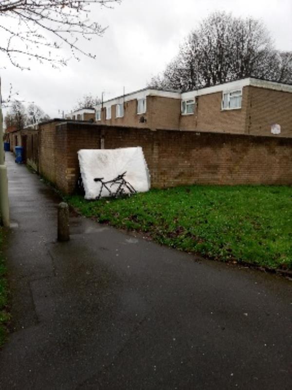Bike And mattress -4 Croyde Close, Farnborough, GU14 8UE