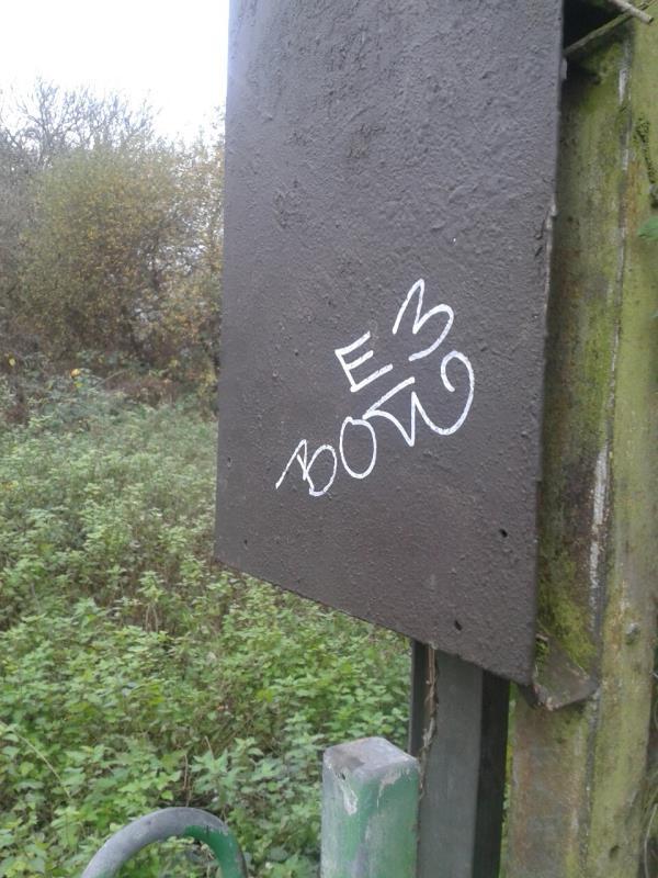 Railway Childrems Walk Remove graffiti frpm.bpard by bridge-182 Reigate Road, Bromley, BR1 5JW